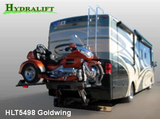HLT5498 Goldwing 001